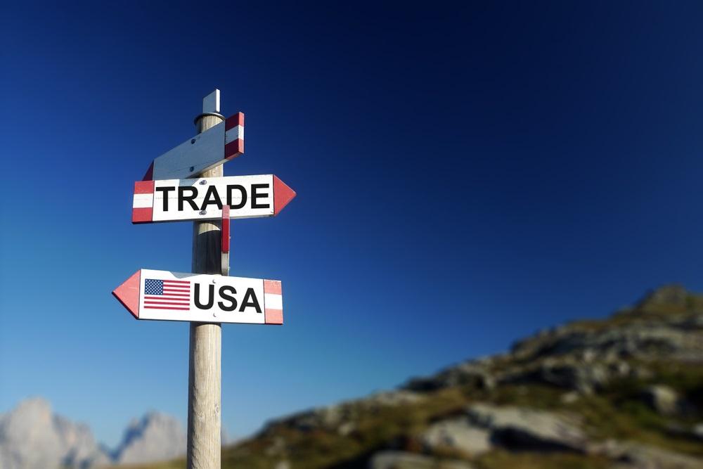 trade-wars-loom