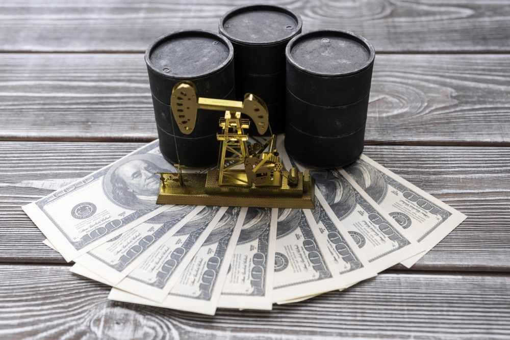 oil-keeps-pumping